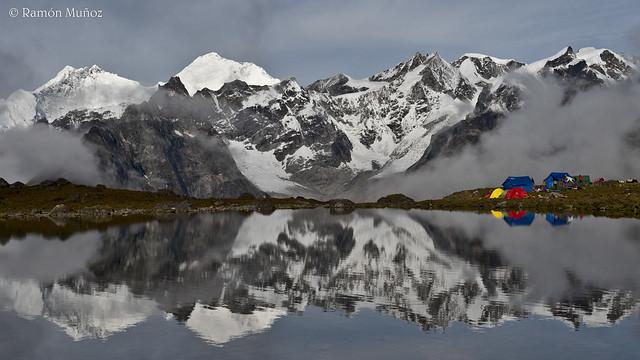 DSC5148 Everest y Lhotse desde el campamento de Shuri Tsho, a 4.978 m. de altura, Valle de Kangsung, Himalaya de Tibet