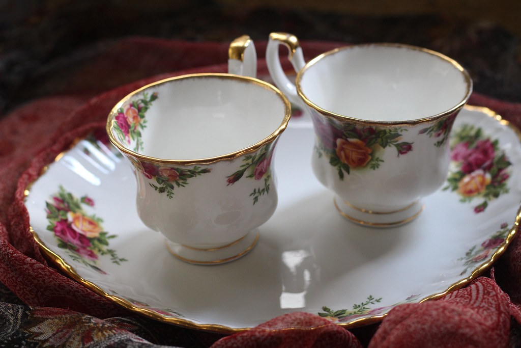 Tea Double Plate Jewel • by Sonia Joie