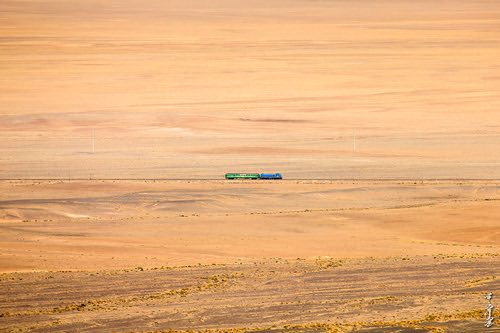 season autumn gobi gobidesert railway railfan trains trainspotting train transport dornogobi diesellocomotive tem2 mongolia monrailpic ngc canon550d passengertrain