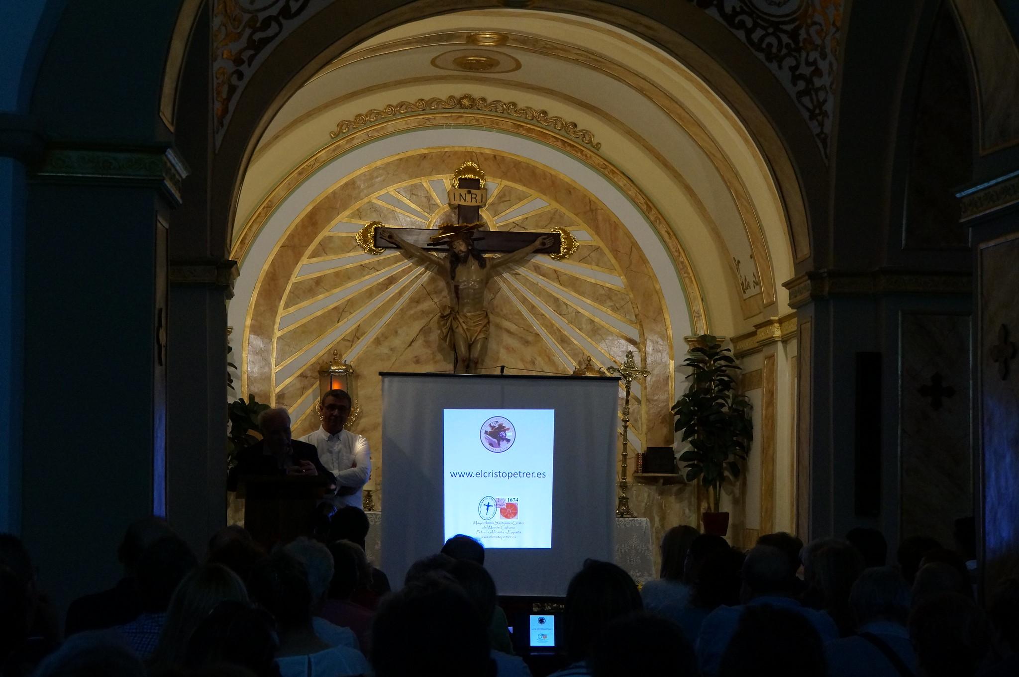 (2018-06-12) Presentación Revista El Cristo 2018 - Paqui Reig Aracil (18)