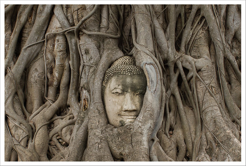 Ayutthaya-2   by Lola Hierro