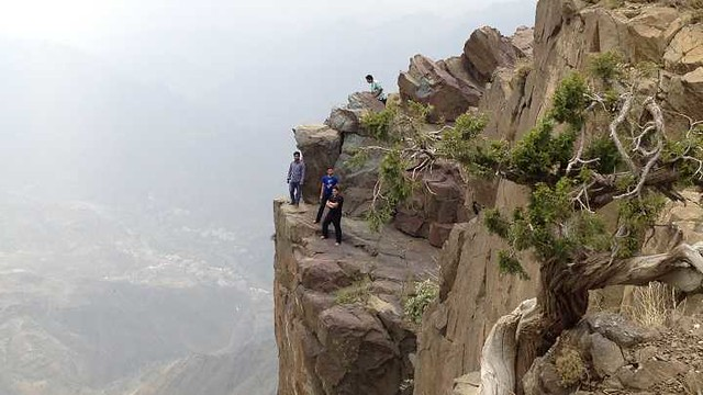 4772 10 facts about the highest peak of Saudi Arabia - Jabal Sawda 04