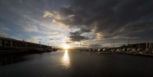 sunrise sun hobart sullivanscove derwentriver clouds sigma canon 1224mm water river docks yachts marina