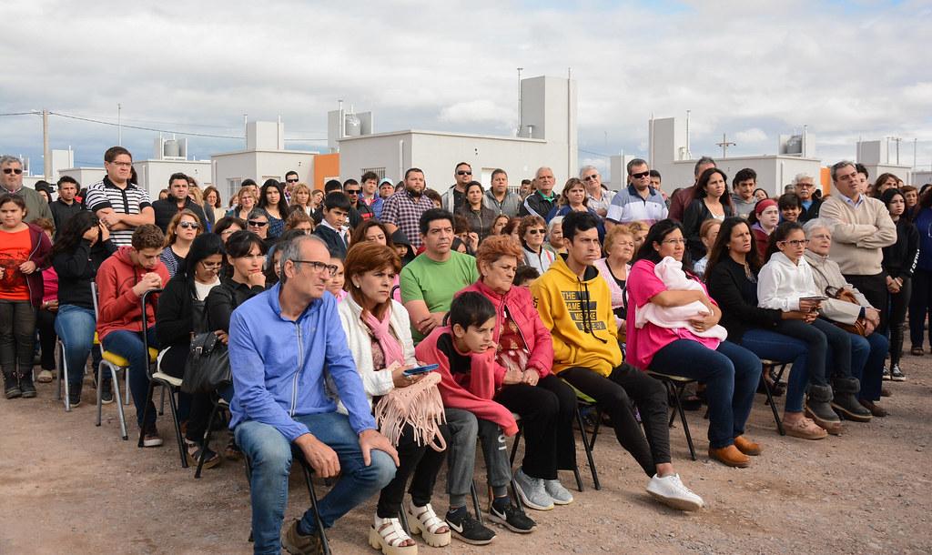 2018-27-11 PRENSA: Entrega de 88 Viviendas en Pocito