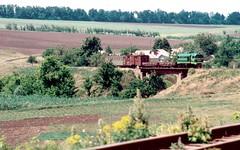 Südzufuhrbahn / Southern Feeder Railway: TU2-263 through the curves west of Hrushka 29-05-2003