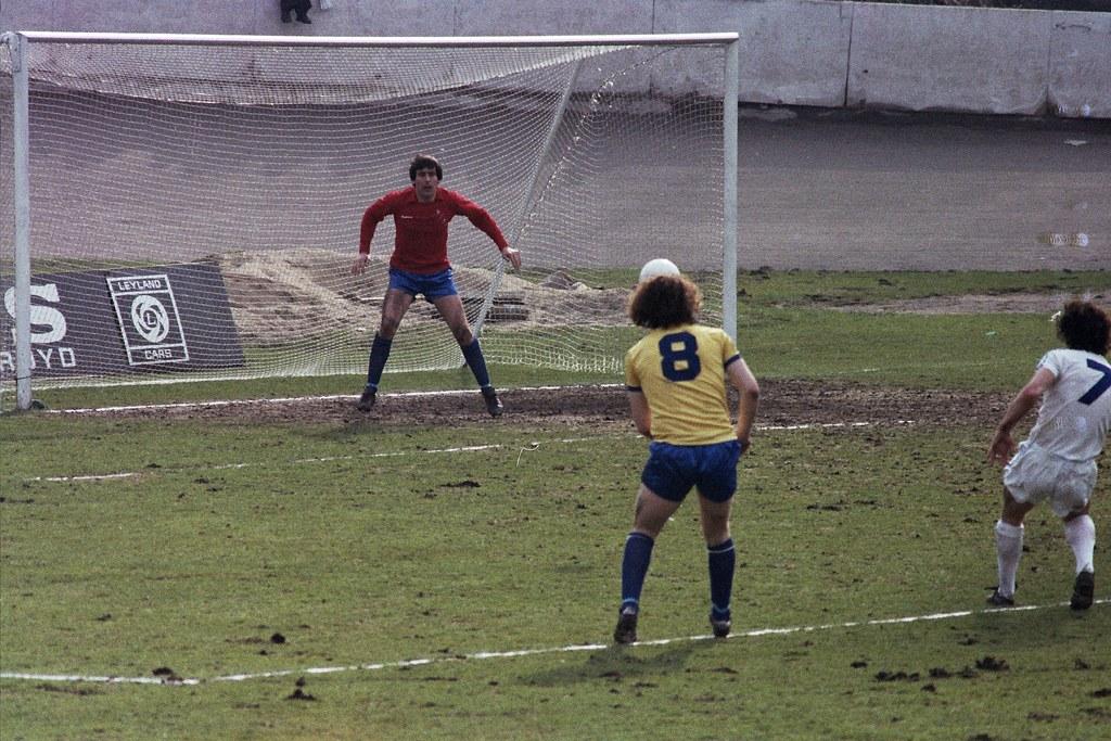14-04-1979 Halifax Town 2-3 Huddersfield Town 4