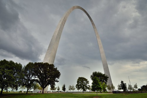 192meters 630feet azimuth131 camranger capturenx2edited cloudy colorefexpro day2 gatewayarch gatewayarchnationalpark gatewaytothewest grassyarea grassyfield grassymeadow imagecapturewithcamranger jeffersonnationalexpansionmemorial landscape lookingse meadows miscellaneous mostlycloudy nikond800e northamericaplains outside overcast ozarkhighlands ozarkplateau people peoplewalking peoplewalkingabout portfolio project365 steelcatenaryarch talleststructureinmissouri travel trees triptotriptogatewaymammothcuyahoganationalparks worldstallestarch missouri unitedstates