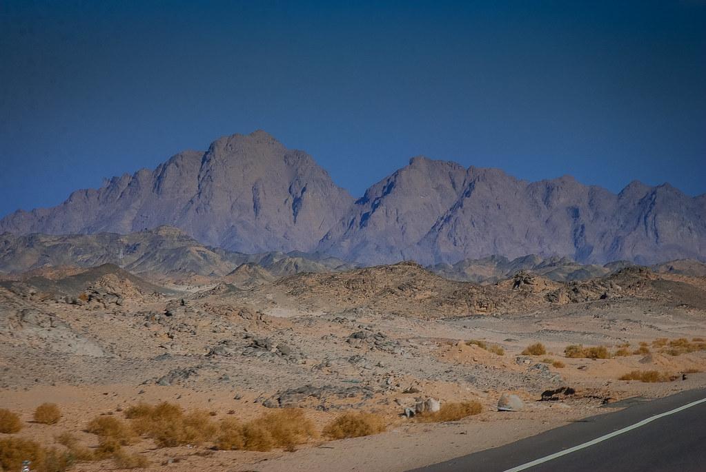 Fantastic desert scenery! Fantastic light and colors! 15:49:15 DSC_1427