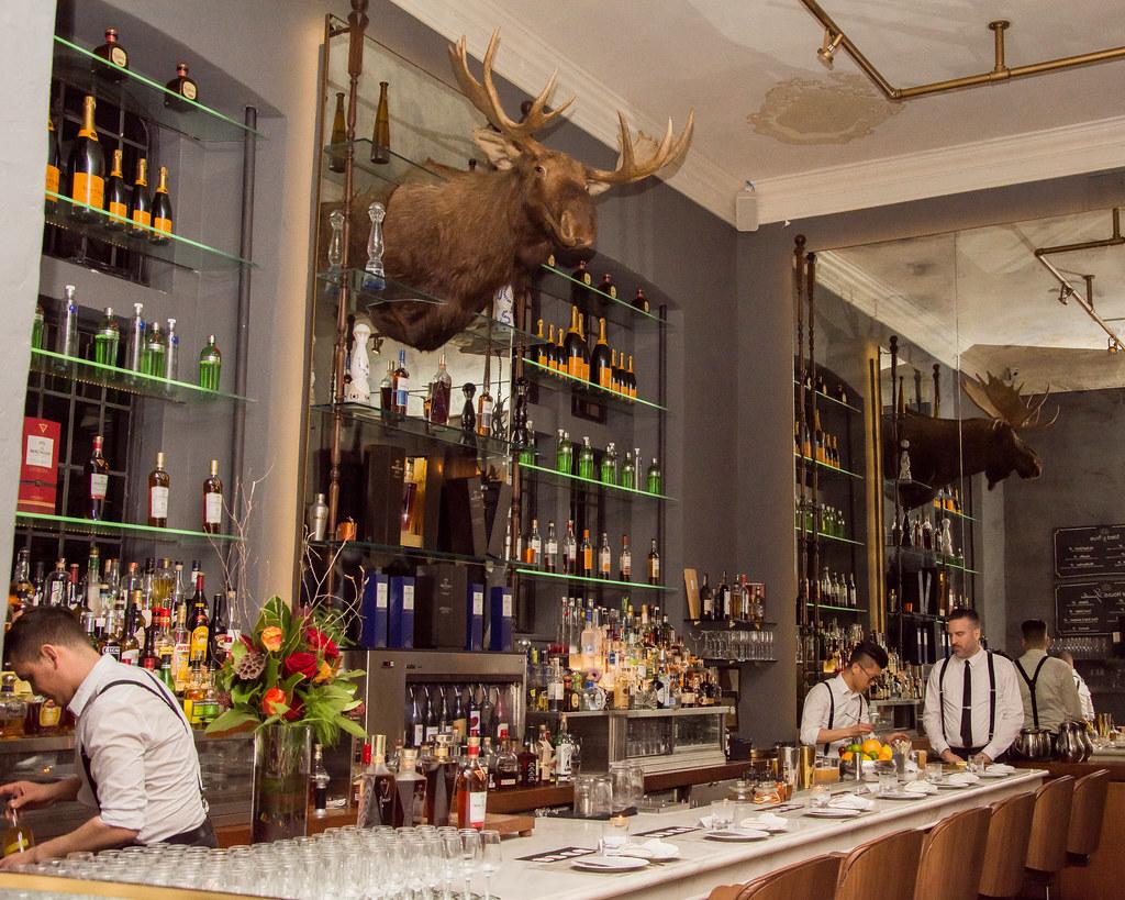 Billiard Room Bar | Blue Blood Steakhouse - Toronto, Canada