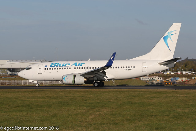 YR-BMA - 2002 build Boeing B737-79P, arriving on Runway 26 at Luton