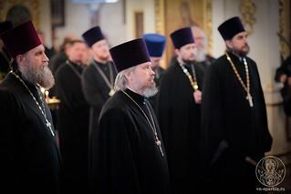 Литургия в Покровском соборе 640