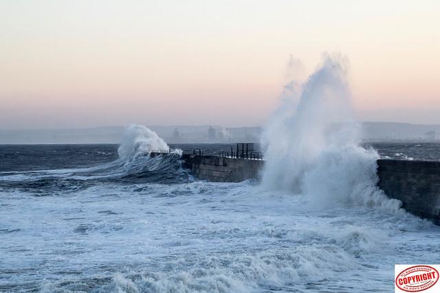IMG_1544 Headland Waves -1