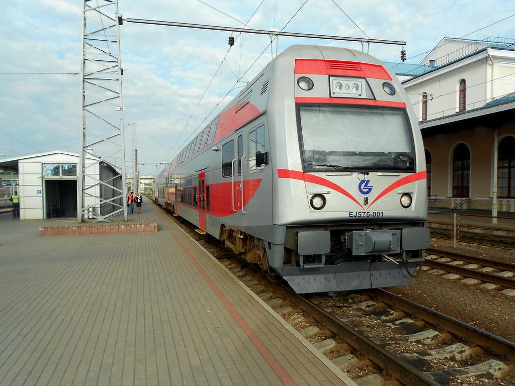 EJ575-001