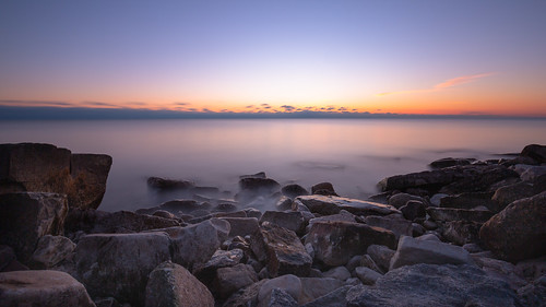sunrise lakemichigan milwaukee longexposure rocks shore smooth sky horizon morning wisconsin midwest canoneos5dmarkiii canonef1635mmf4lis