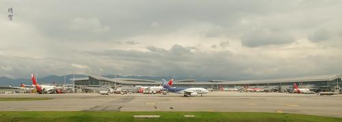 Single LAN airplane at Bogotá | by A. Wee
