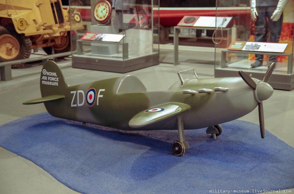 Royal Air Force Museum London-100