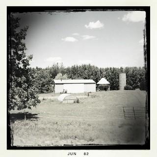 Farm   by dschirf