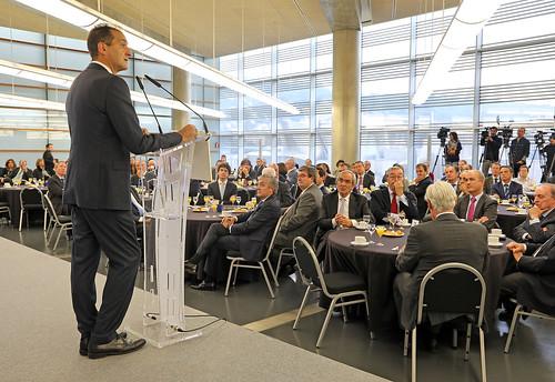 Conferencia DeustoForum del consejero delegado de BBVA, Carlos Torres