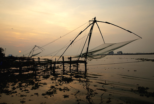 chinese fish fishing nets cochin india lift coast coastal southern sunset sun set shore operated net cantilever fishermen kev gregory canon 6d mark ii asia asian