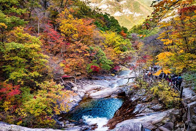 Autumn colours in Seoraksan National Park
