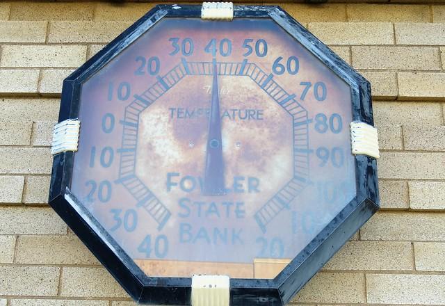Bank Temperature Sign