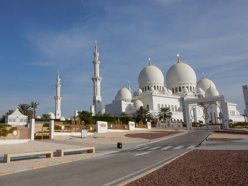 Abu Dhabi - Sheikh Zayed Grand Mosque - 2