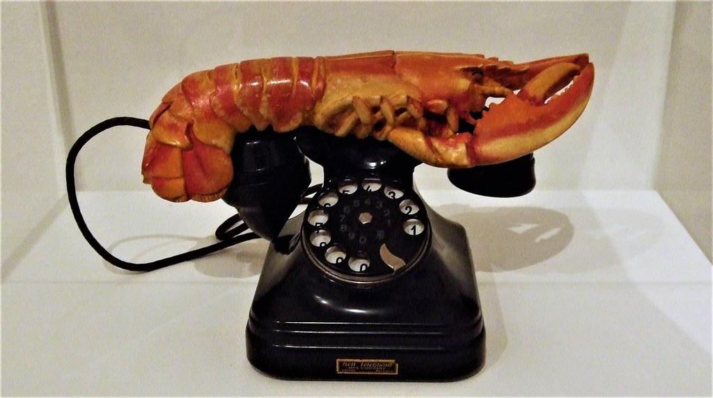 Dali's Lobster Telephone (1936) In Tate Modern - London.