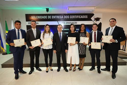 Solenidade de Entrega dos Certificados das Pós-Graduações (23)