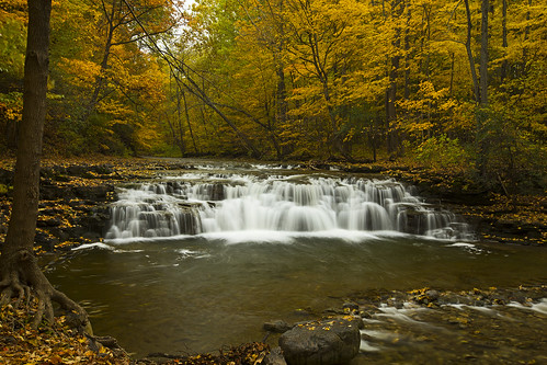 rain rainy water waterfall weekend saturday beautiful fall foliage timeless life memories canon 2018 nature landscape gorge glen hiking