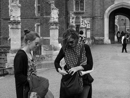 Its Here I Tell You - Hampton Court Palace - UK2016-149 | by aushiker