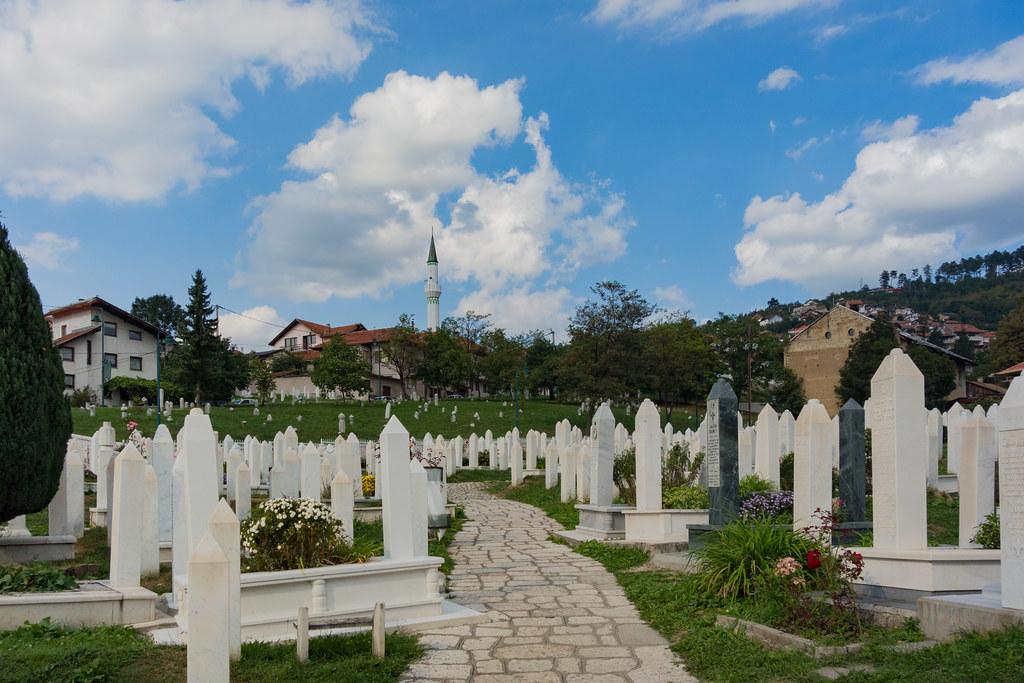 Sarajevo - Šehidsko mezarje Kovači   Añelo de la Krotsche   Flickr