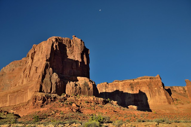 The Moon and the Entrance to Park Avenue (Arches National Park)