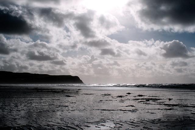 Tachwedd ar draeth y Borth, Ceredigion