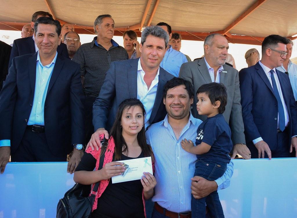 2018-23-11 PRENSA: Entrega de 192 Viviendas en Pocito