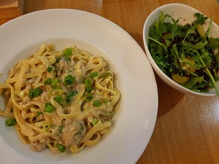Creamy Linguine Carbonara with Panegrotto and Heritage Tomato and Rocket Salad at Two Tables (Graze) | by dimsimkitty