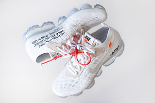 Nike off-white vapormax