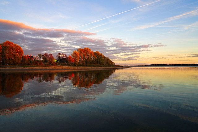 Serenity & symmetry, Mozhaysk Sea, Russia