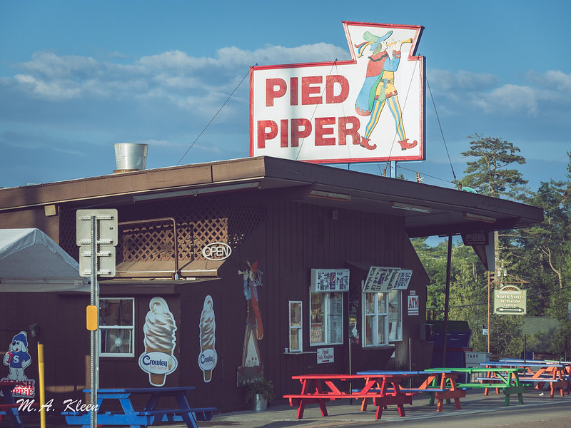 Pied Piper's Old Ice Cream Stand