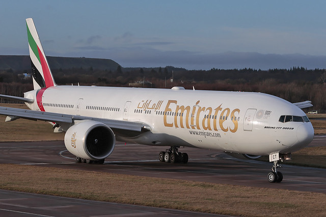 Boeing 777-300ER A6-ECT Emirates