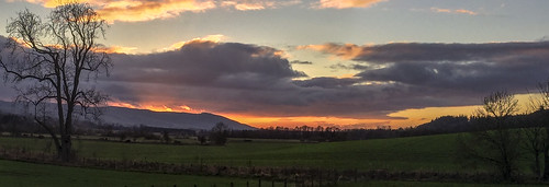 auchterarder dunning aberdalgie forteviot perthshire strathearn stormclouds ph31fy ronniefleming nakedtrees fence rfp c