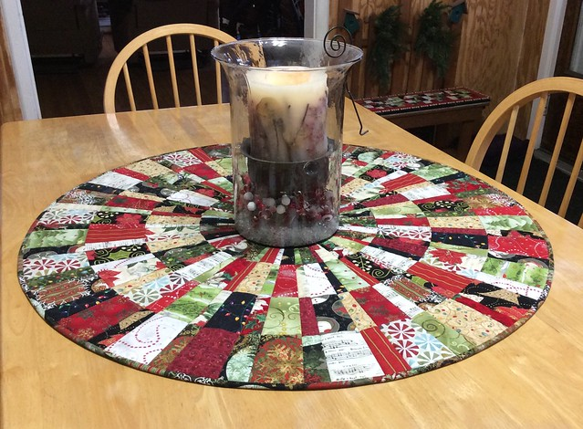 Quilted Christmas Table Mat