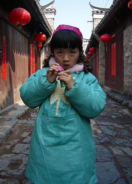Little Girl in an Alley