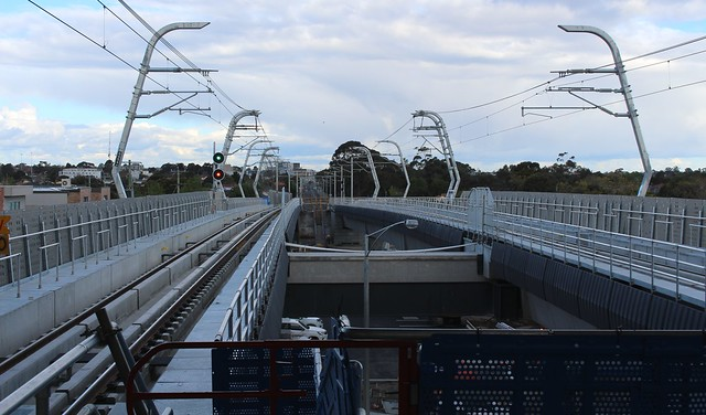 Hughesdale station looking east from the skyrail platform