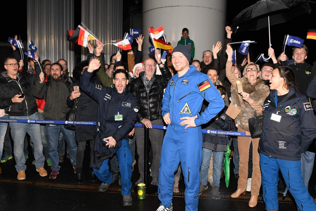 Alexander Gerst arrives at Cologne after second spaceflight