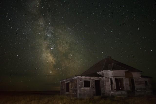 Milky Way Abandoned House 9766 B