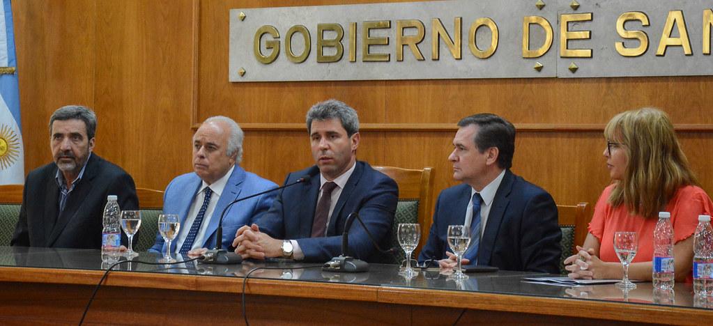 """2018-11-22 PRENSA: Entrega de Subsidios para el Programa """"Ventanilla Abierta"""""""