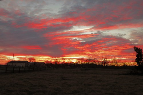farm outdoors canon northcarolina greensboro sunrise fence