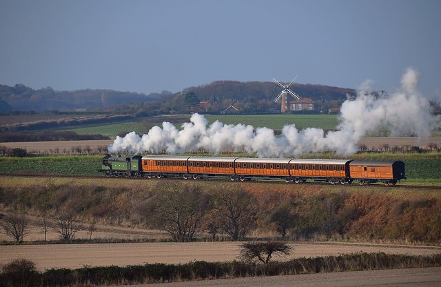 Great Northern Locomotive, N2 No.1744 hauls the 'QuadArt' Set & Parcel Van towards Weybourne, on a special working from Sheringham. North Norfolk Railway - Time Line Events. 21 11 2018
