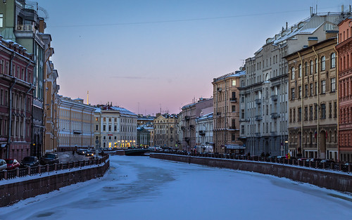 square landscape nature frost city outdoor evening town snow colorful purple river sunset twilight winter style architecture street landscapes outdoors leningradoblast ru saintpetersburg russia cityscape sky