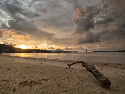 sunset sundown coast seascape shoreline cloud sea sky beach lumut orientstar ritzinn perak malaysia travel place trip canon eos700d canoneos700d canonlens 10mm18mm wideangle happyplanet